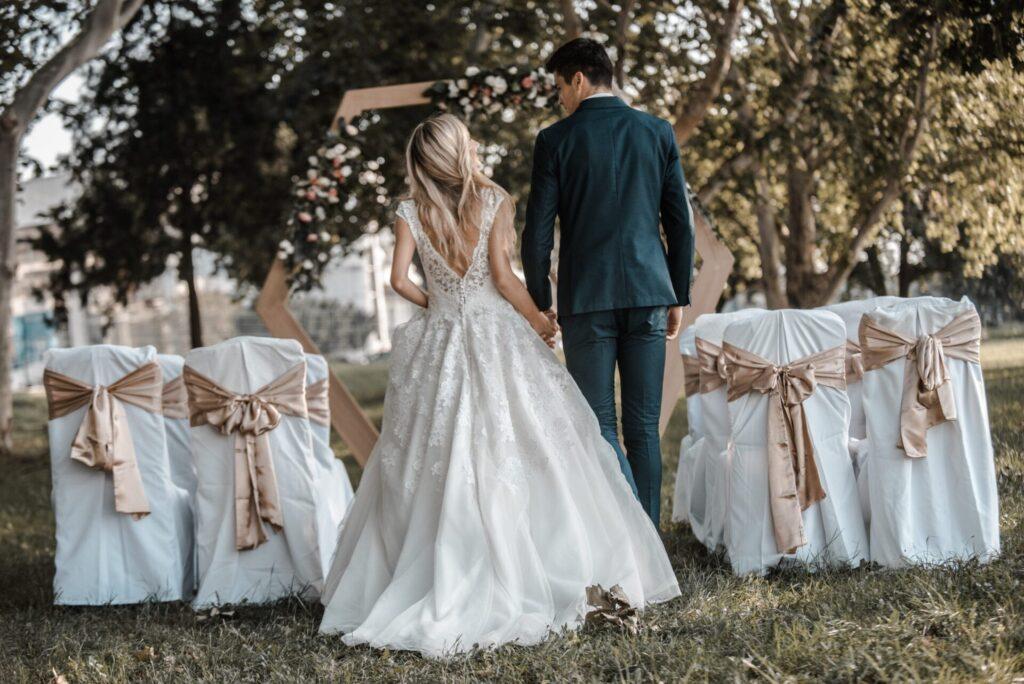 Romanticno vencanje u prirodi